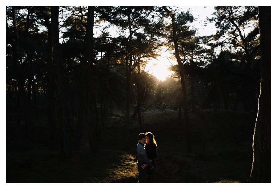 oh-belle_oh-belle-fotografie_fotograaf-utrecht_fotoshoot-winterzon_winter-fotoshoot_0047 Loveshoot winterzon Wekeromse Zand