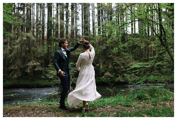 oh-belle_bruidsfotograaf-ardennen_Daverdisse-bruiloft_bruiloft-Ardennen_Trouwfotograaf-Ardennen__0026 Bruiloft in de Ardennen- Bart&Danielle