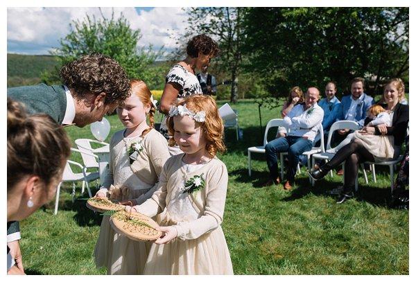 oh-belle_bruidsfotograaf-ardennen_Daverdisse-bruiloft_bruiloft-Ardennen_Trouwfotograaf-Ardennen__0049 Bruiloft in de Ardennen- Bart&Danielle