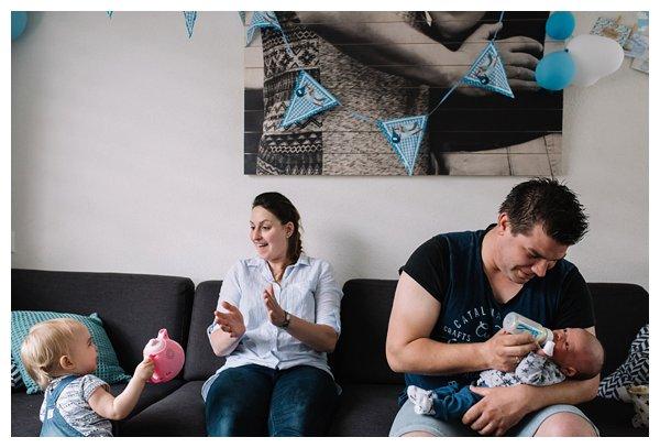 oh-belle_pure-newbornshoot_day-in-the-life_newbornshoot-nijkerk_fotograaf-newborn_0006 Day in the life shoot tijdens avondritueel