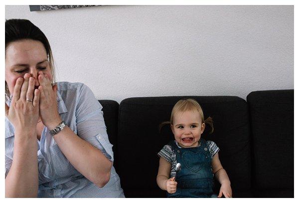 oh-belle_pure-newbornshoot_day-in-the-life_newbornshoot-nijkerk_fotograaf-newborn_0014 Newborn shoot tijdens avondritueel