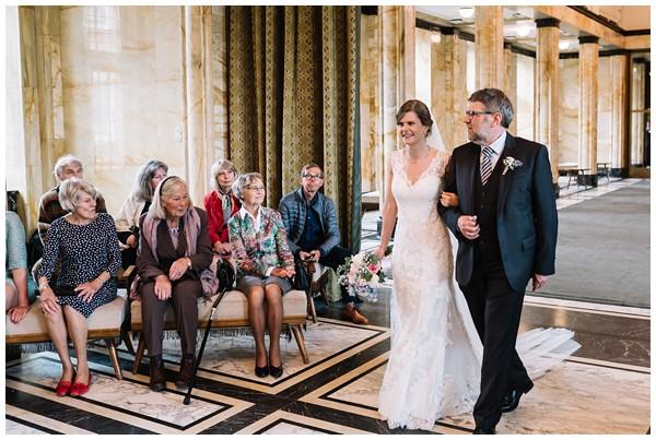 oh-belle_bruidsfotograaf-Leiden_trouwen-in-leiden_bruiloft-leiden_stadhuis-leiden-trouwen_0035 Bruiloft in Leiden, Frank&Jantsje