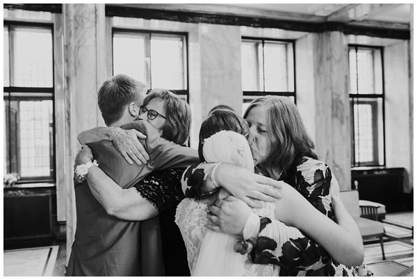 oh-belle_bruidsfotograaf-Leiden_trouwen-in-leiden_bruiloft-leiden_stadhuis-leiden-trouwen_0042 Bruiloft in Leiden, Frank&Jantsje