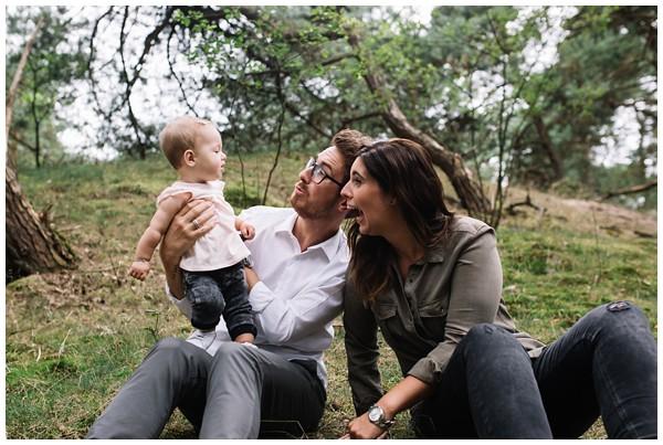 oh-belle_gezinsfoto-buiten_pure-gezinsfotos_fotoshoot-gezin_0004 Gezinsfotoshoot Wekeromse Zand