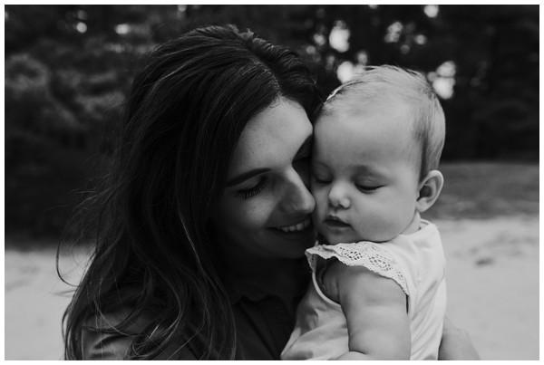 oh-belle_gezinsfoto-buiten_pure-gezinsfotos_fotoshoot-gezin_0014 Gezinsfotoshoot Wekeromse Zand