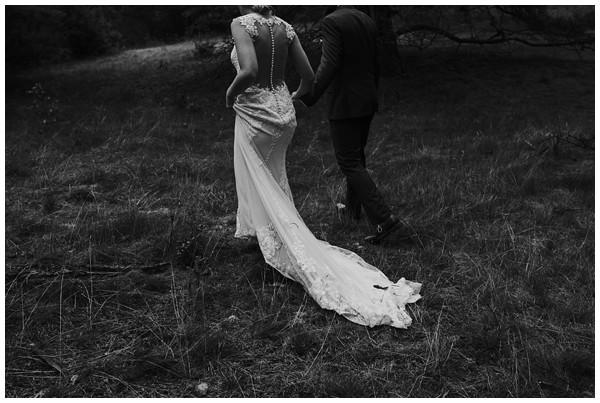 oh-belle_bruidsfotograaf_trouwen-in-een-tent_bruiloft-regen-fotografie_regen-tijdens-bruiloft_trouwfotograaf-Utrecht_0123 Bruiloft Evertjan Monique, trouwen in een tent