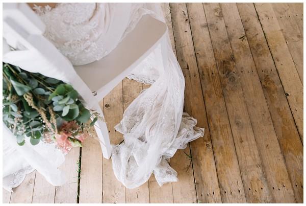 oh-belle_bruidsfotograaf_trouwen-in-een-tent_bruiloft-regen-fotografie_regen-tijdens-bruiloft_trouwfotograaf-Utrecht_0145 Bruiloft Evertjan Monique, trouwen in een tent