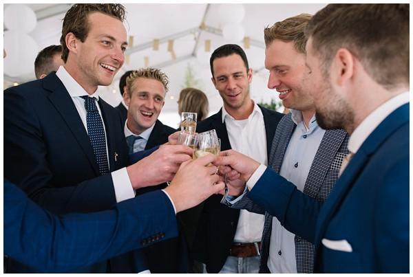 oh-belle_bruidsfotograaf_trouwen-in-een-tent_bruiloft-regen-fotografie_regen-tijdens-bruiloft_trouwfotograaf-Utrecht_0157 Bruiloft Evertjan Monique, trouwen in een tent
