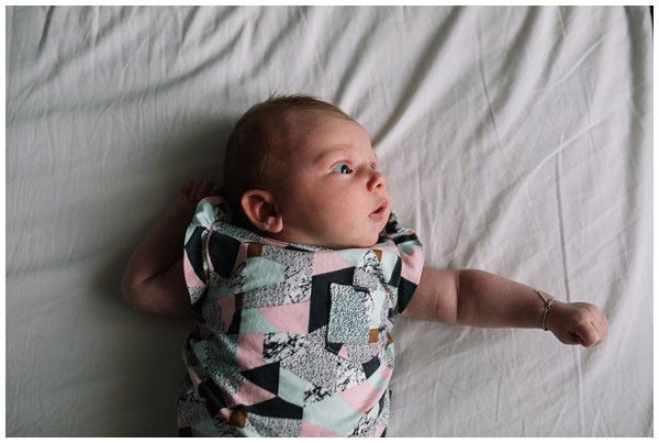 oh-belle_newborn-fotoshoot_newborn-shoot-thuis_pure-gezinsfotos_gezinsfoots-thuis_0183 Newbornshoot Lunteren