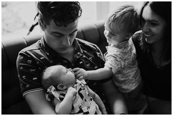 oh-belle_newborn-fotoshoot_newborn-shoot-thuis_pure-gezinsfotos_gezinsfoots-thuis_0201 Newbornshoot Lunteren
