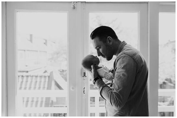oh-belle_newbornshoot-amsterdam_newbornshoot-hilversum_mini-me-fotografie_fotoshoot-baby-thuis_0261 Newborn fotografie Hilversum