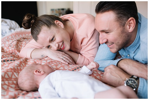 oh-belle_newbornshoot-amsterdam_newbornshoot-hilversum_mini-me-fotografie_fotoshoot-baby-thuis_0265 Newborn fotografie Hilversum