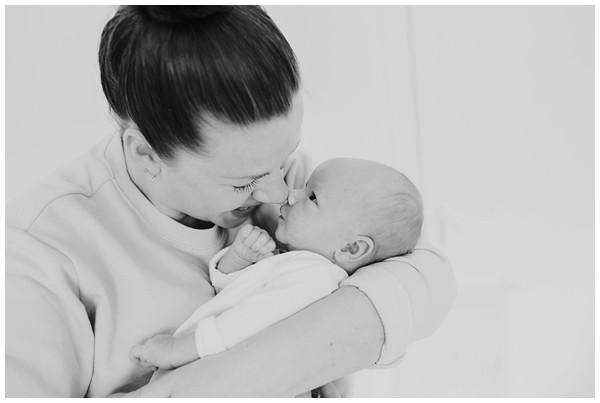 oh-belle_newbornshoot-amsterdam_newbornshoot-hilversum_mini-me-fotografie_fotoshoot-baby-thuis_0267 Newborn fotografie Hilversum