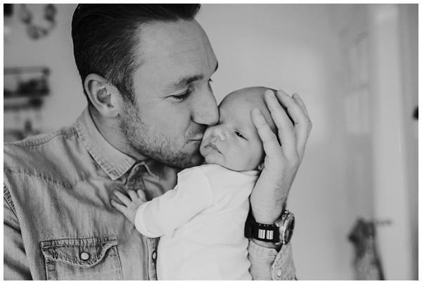 oh-belle_newbornshoot-amsterdam_newbornshoot-hilversum_mini-me-fotografie_fotoshoot-baby-thuis_0268 Newborn fotografie Hilversum