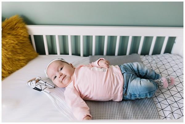 oh-belle_babyshoot-utrecht_babyshoot-thuis_babyshoot-3-maanden_fotoshoot-3-maanden_0129 Babyshoot 3 maanden