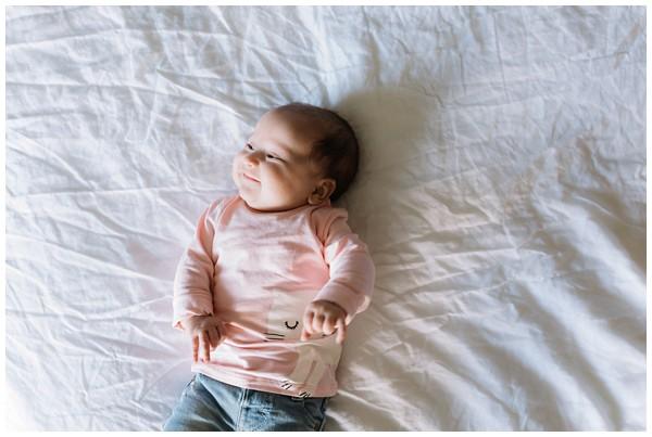 oh-belle_babyshoot-utrecht_babyshoot-thuis_babyshoot-3-maanden_fotoshoot-3-maanden_0135 Babyshoot 3 maanden