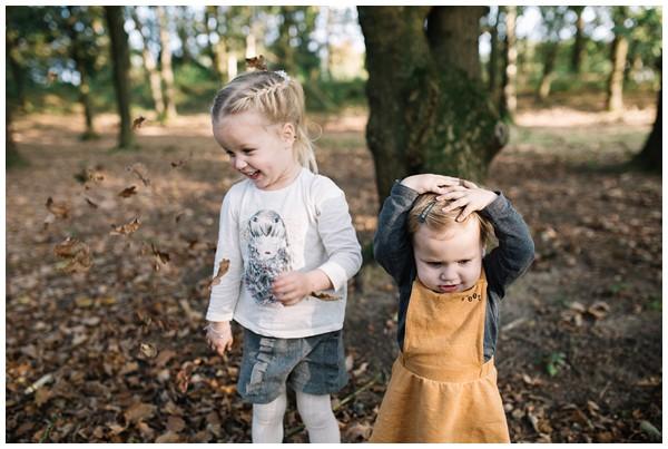 oh-belle_gezinsshoot-herfst_gezinsfotos-buiten-herfst_fotoshoot-herfst_fotoshoot-buiten_fotograaf-veenendaal_fotoshoot-slaperdijk_0079 Gezinsshoot herfst