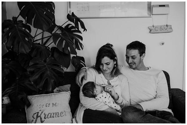 oh-belle_newbornshoot-kockengen_newborn-shoot-utrecht_newborn-lifestyle-shoot-thuis_fotoshoot-baby-thuis_0096 Newborn shoot Kockengen Jan