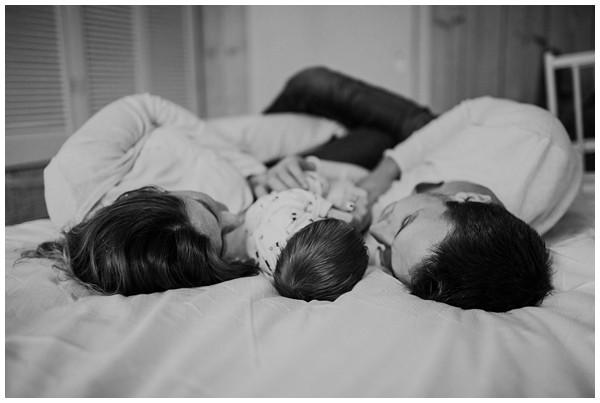 oh-belle_newbornshoot-kockengen_newborn-shoot-utrecht_newborn-lifestyle-shoot-thuis_fotoshoot-baby-thuis_0106 Newborn shoot Kockengen Jan