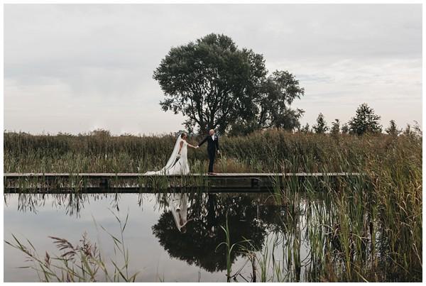oh belle_bruiloft_renswoude_trouwen bij moeke_te leuk trouwen_thuis trouwen tent_0033