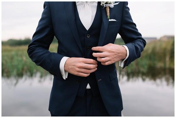 oh belle_bruiloft_renswoude_trouwen bij moeke_te leuk trouwen_thuis trouwen tent_0035
