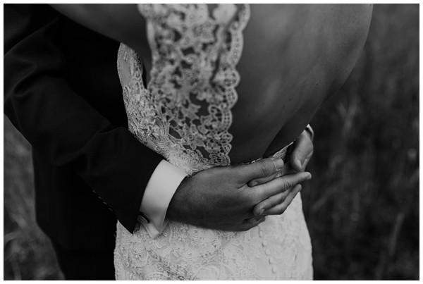 oh-belle_bruiloft_renswoude_trouwen-bij-moeke_te-leuk-trouwen_thuis-trouwen-tent_0038 Trouwen bij je ouderlijk huis
