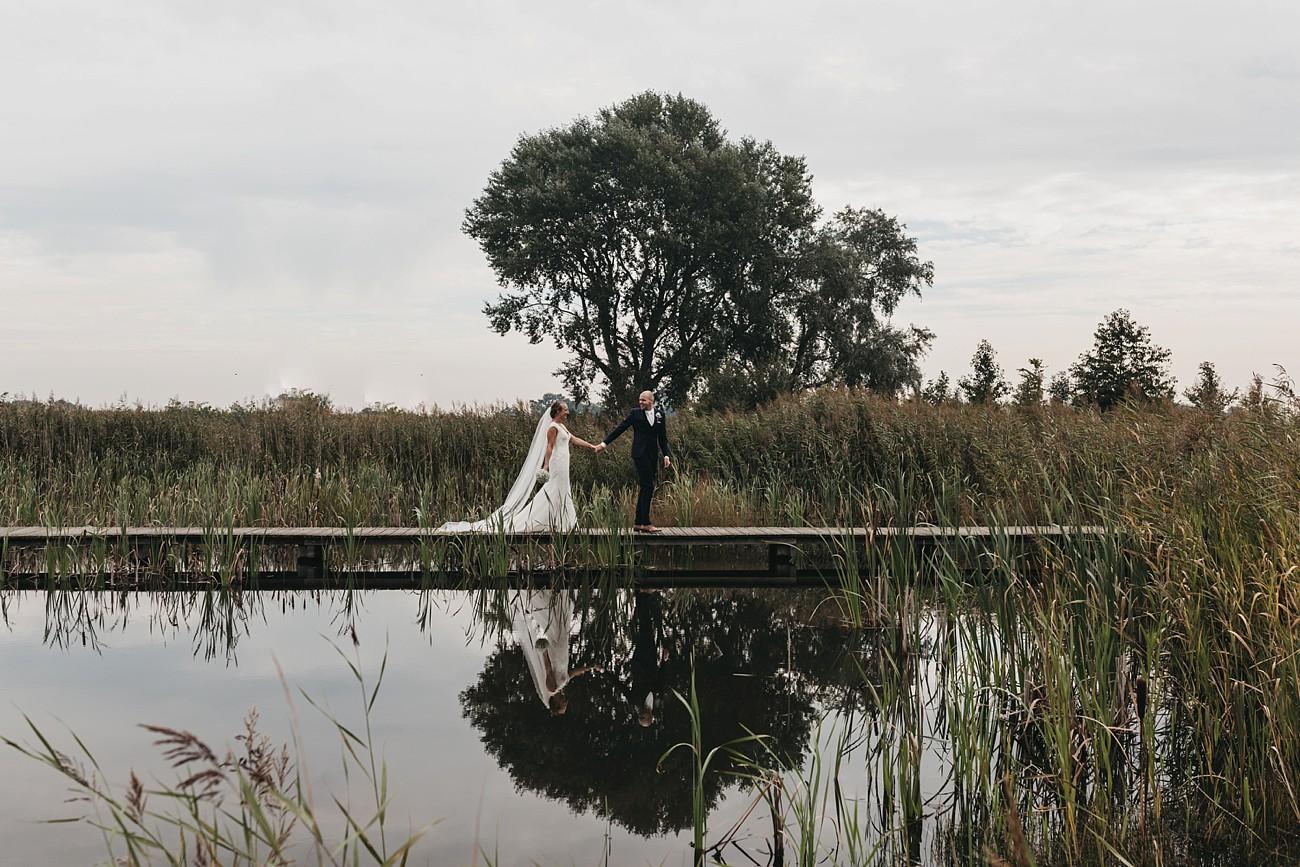 oh-belle_bruiloft_renswoude_trouwen-bij-moeke_te-leuk-trouwen_thuis-trouwen-tent_0062 Blogs