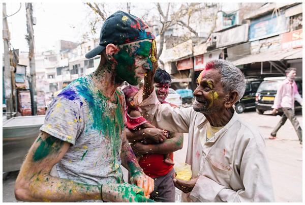 ohbelle_reisverslag-india_india-reis_varanasi-reizen_reisfotograaf_holi-festival-india_holi-festival-delhi_0071 Reizen door India