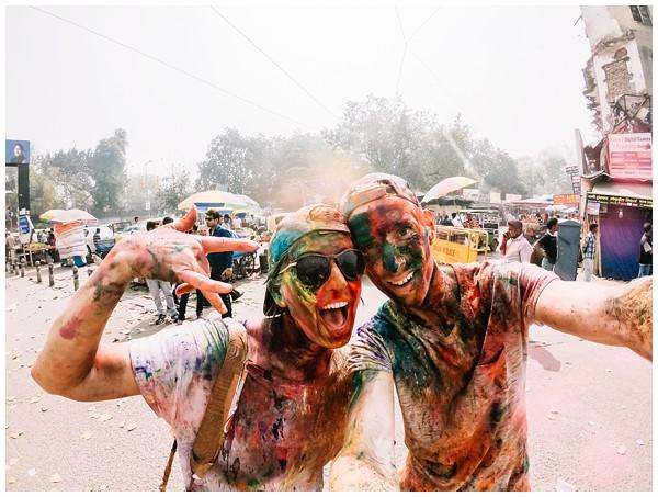 ohbelle_reisverslag-india_india-reis_varanasi-reizen_reisfotograaf_holi-festival-india_holi-festival-delhi_0076 Reizen door India