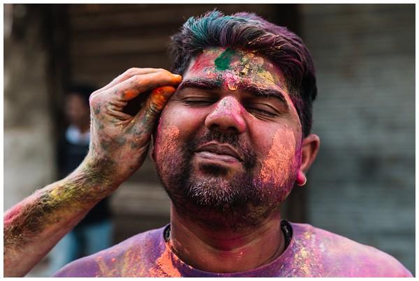 ohbelle_reisverslag-india_india-reis_varanasi-reizen_reisfotograaf_holi-festival-india_holi-festival-delhi_0077 Reizen door India