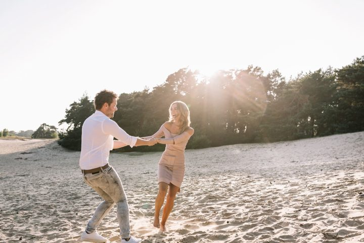Loveshoot golden hour Wekeromse Zand