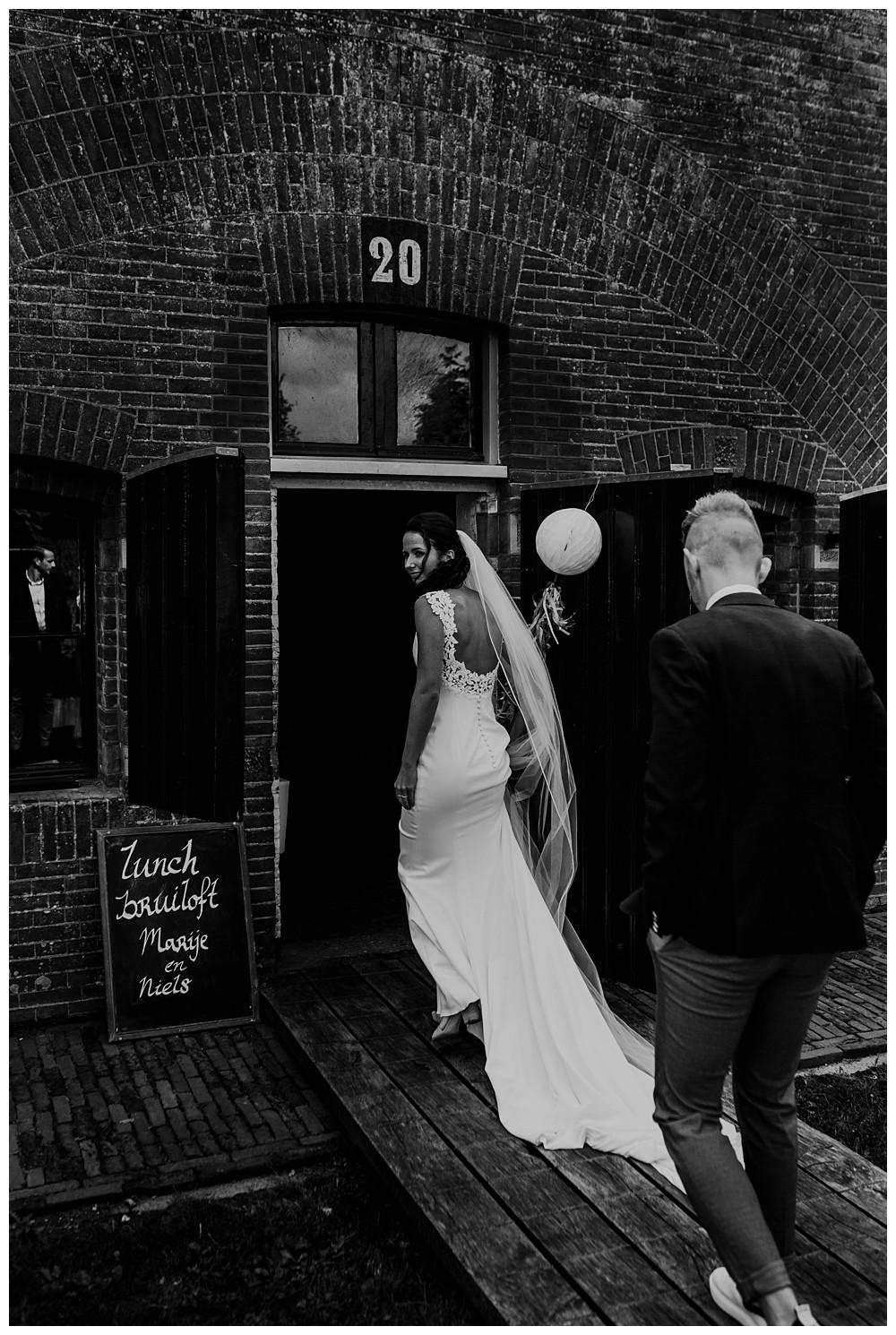 Oh-Belle_blog_bruiloft_fort-vechten_fotograaf-utrecht_0060 Bruiloft Fort Vechten Bunnik