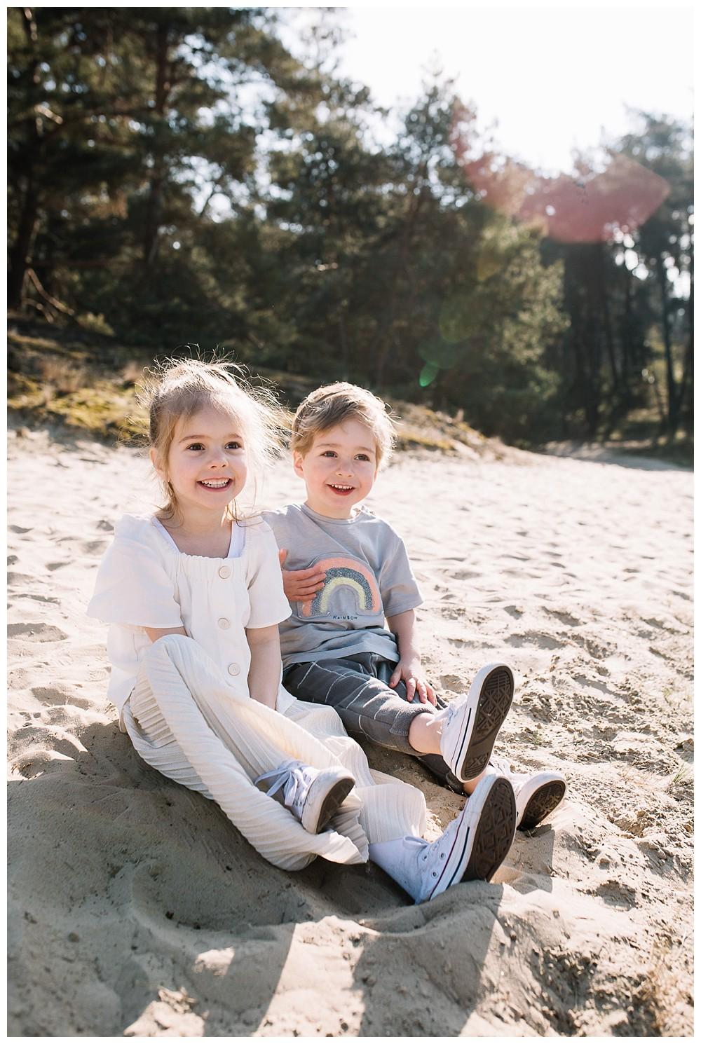 ohbelle_website_blog_gezinsshoot_Lifestyle_buiten_0272-kopie Lifestyle gezinsshoot Wekeromse Zand